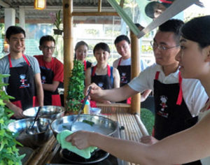 Phuket: Halbtages Thai Cooking Class - Touren & Aktivitäten